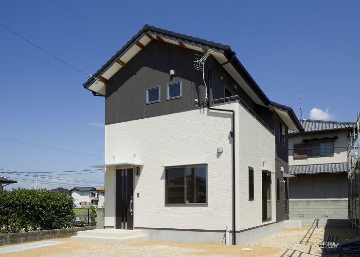モノトーンの家