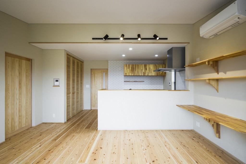 シンプルかわいい家